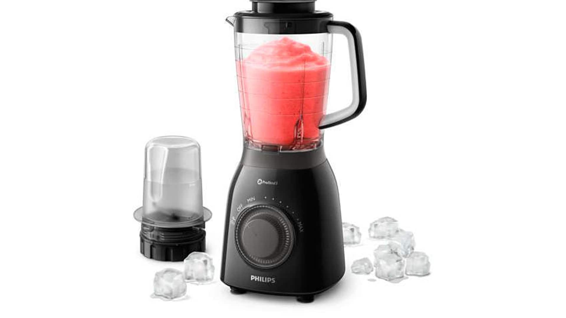 Download image (.jpg) make frozen smoothies with ease with the philips viva collection blender (opens in a new window)